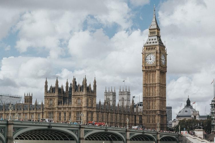 British Government Cracks Down Further on Coronavirus Spread