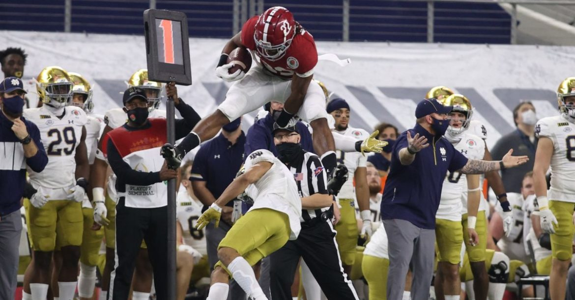 Alabama scores its 18th National Championship by winning in lopsided fashion